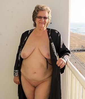 saggy granny boobs sex pics