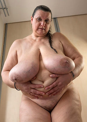 xxx pictures of hot granny heart of hearts
