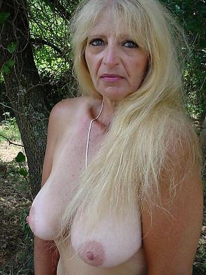 amazing hot granny boobs porn pic