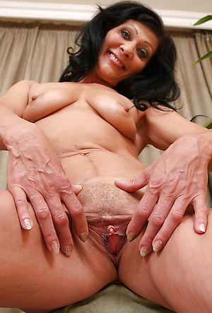 mature brunette female parent posing nude