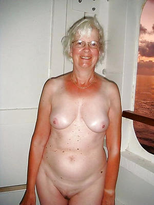 crazy unveil older grannies porn pic