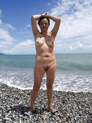 older women on the beach homemade pics