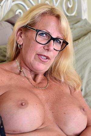 beautiful older women naked