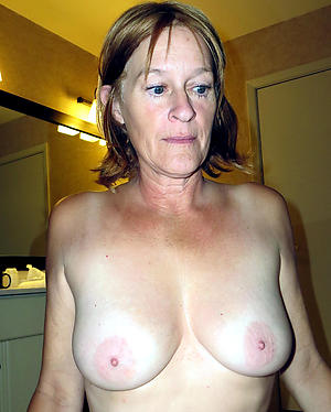 sexy naked older women amateur pics