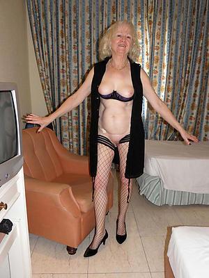 naked skinny older column pics