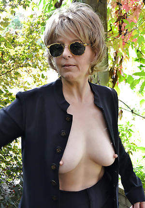 free pics of older women with big nipples