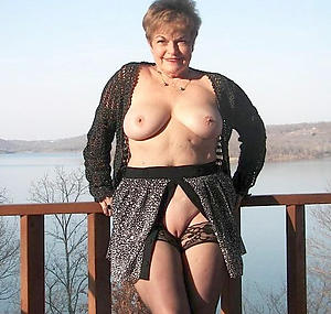 nice granny previously to boyfriend nude photos
