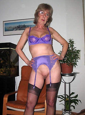 slutty granny ex girlfriend nude photos