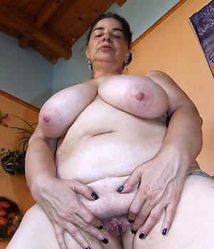 nice granny nude girlfriends pics