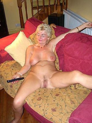 staggering granny nude girlfriends pics