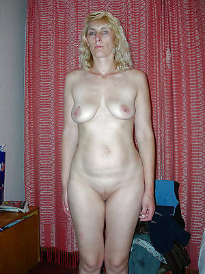 horny older column nude photos