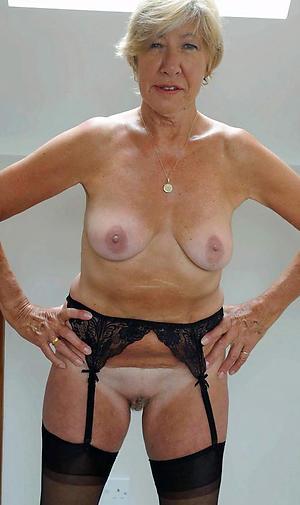 older naked ladies amateur pics