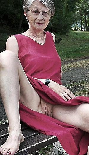 amateur older women upskirt porn pellicle