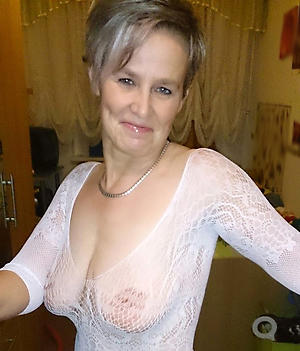 naked beautiful granny pussy foto