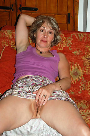 hot senior wife porn pics