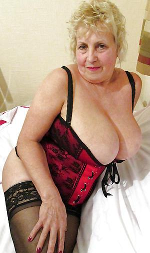 horny older women cougars porn foto