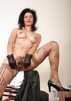 porn pics of older women pussy