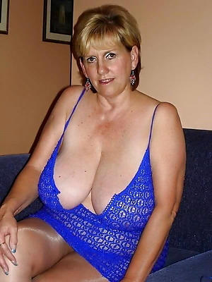 busty experienced body of men with big tits nude pics