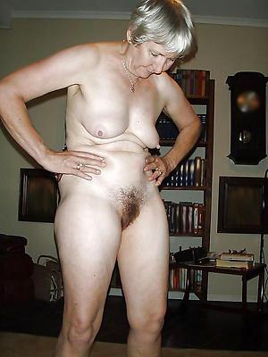 nice granny mature nude pic