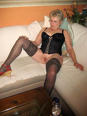 wonderful granny lingerie porn pics