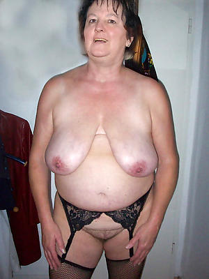 brunette granny love porn