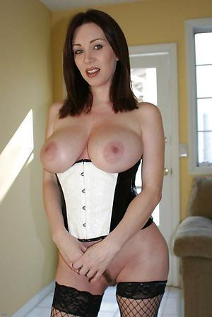 crazy naked old brunette pussy