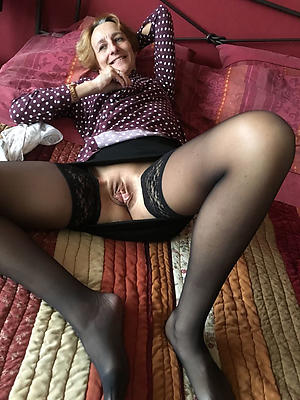 crazy women with beautiful legs pics