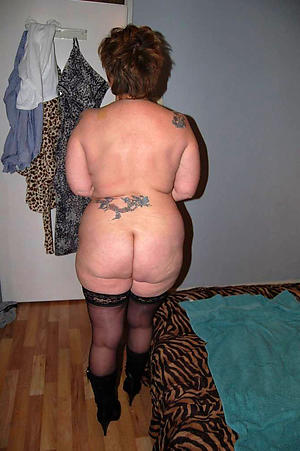 mature granny ass
