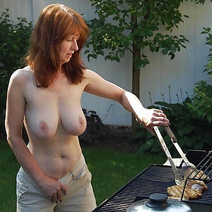 xxx doyenne housewives