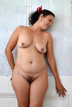 sexy older battalion nude private pics
