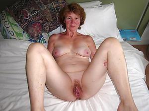 sexy elder women mere posing