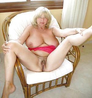 xxx pictures of senior vagina