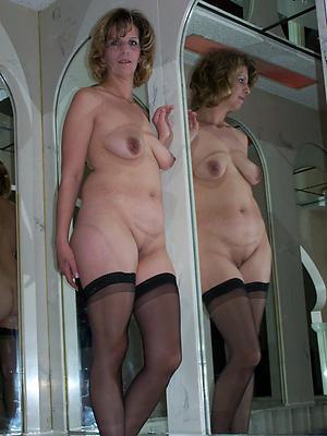 busty pretty older naked women