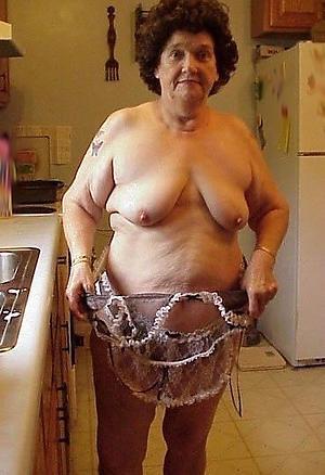 chubby granny pussy free pics