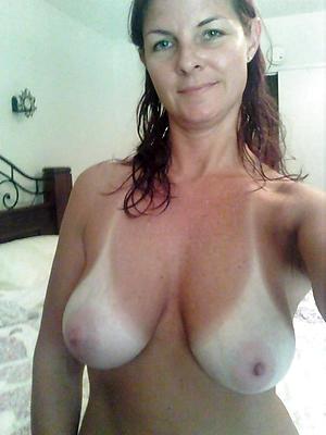 nice self shot senior women nude pics