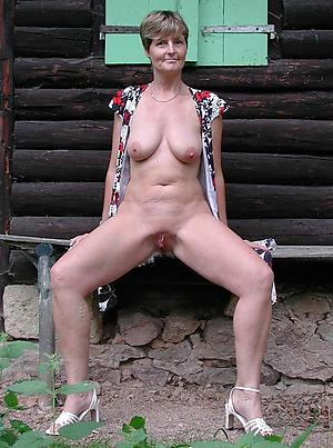 perfect hot granny pussy nude pics