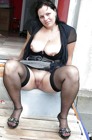 older women in stockings love porn