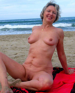 porn pics of old son exposed to beach