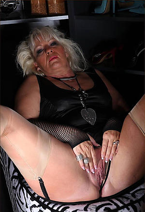 naughty old lady cunt porn gallery