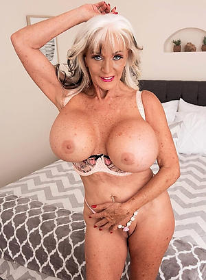 xxx pictures be proper of busty granny
