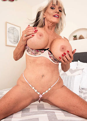 nude busty granny pic