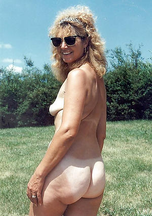 nude pics of granny beamy ass
