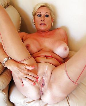 xxx elderly vulva porn galleries