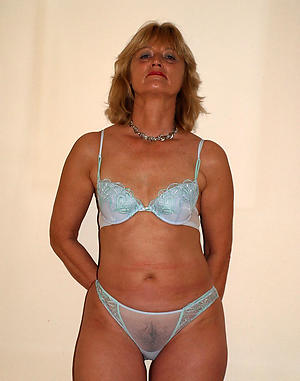 naughty old mom fuck pics
