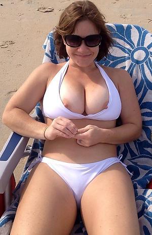 hot erotic women in bikinis posing nude