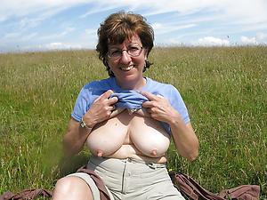 saggy granny boobs unorthodox pics