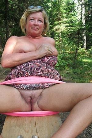porn pics of granny twats
