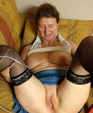nude pics of grannys twat