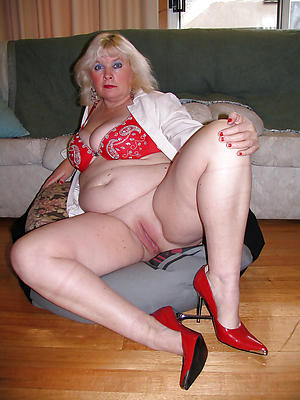 unclothed pics be useful to granny high heels