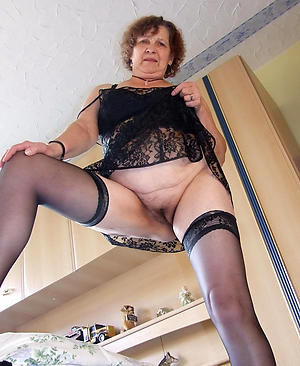 nude hairy granny pussy pictures